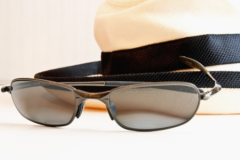 Choosing Sunglass Styles For Men